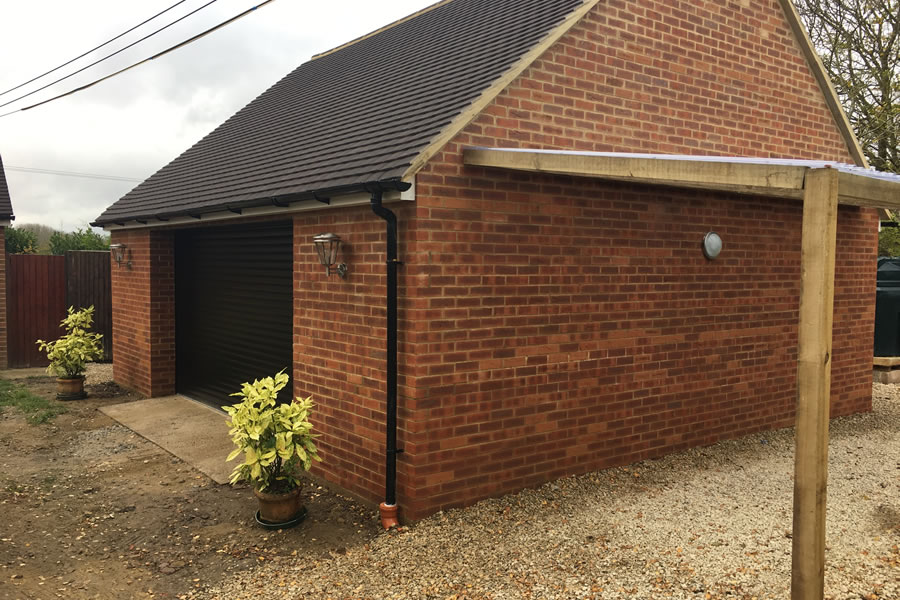 New Garage In Thame